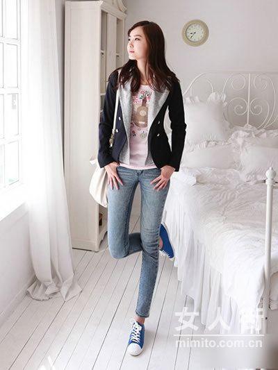 铅笔牛仔裤+帆布鞋 春季显高挑搭配
